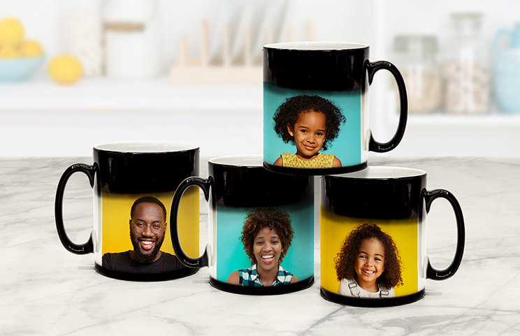 Printerpix Custom magic heat changing mug with personalised photo of couple revealed